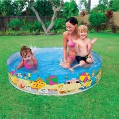 Bể bơi phao gia đình lắp dựng hình cá